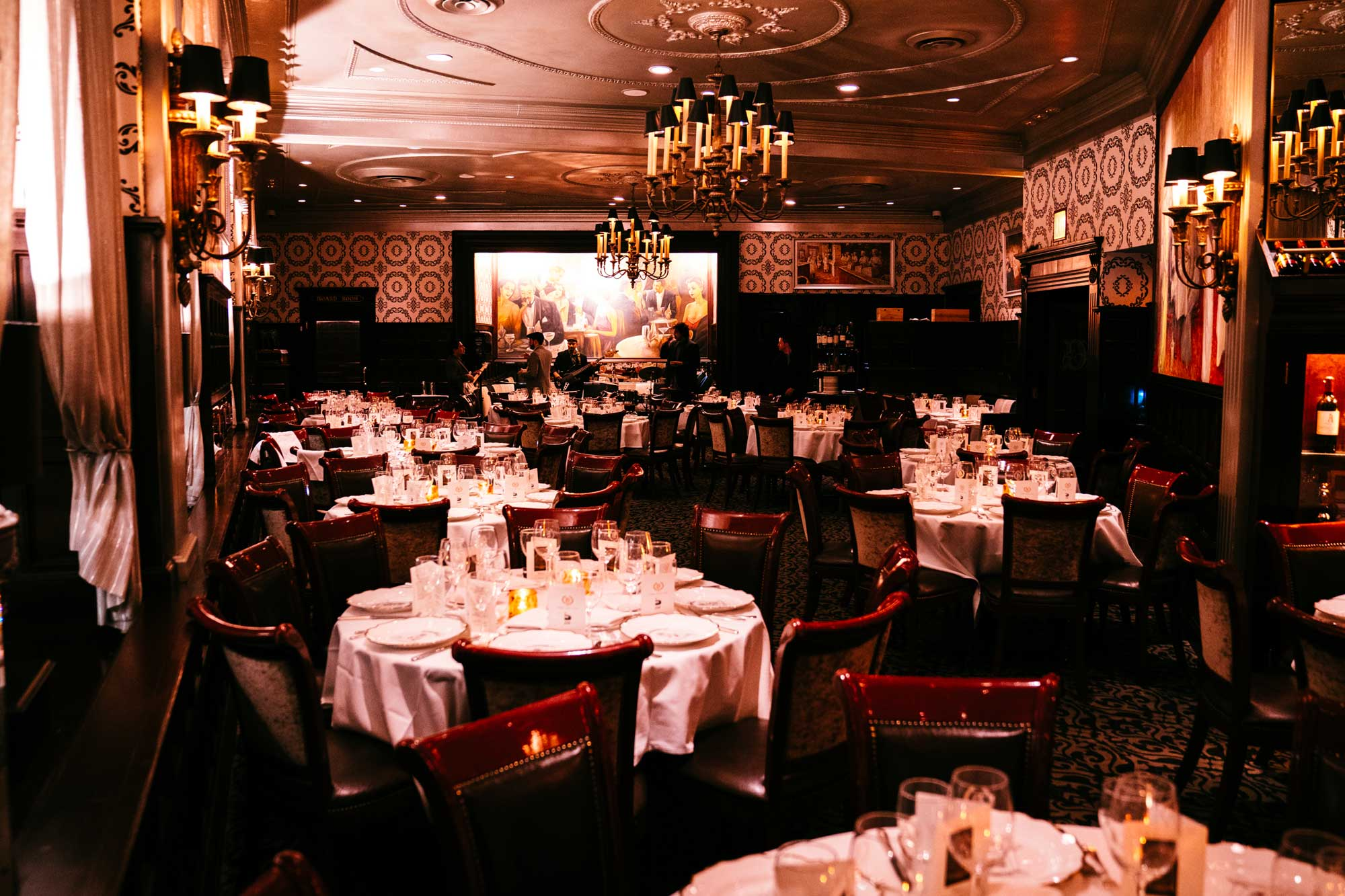 Delmonicos-Main-Dining-Room-2